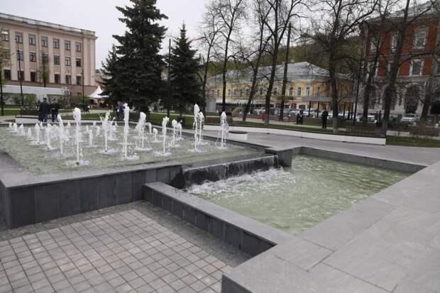 Музыкальный фонтан наплощади Маркина открыли после реконструкции