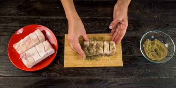 Как солить сало: присыпьте перцем