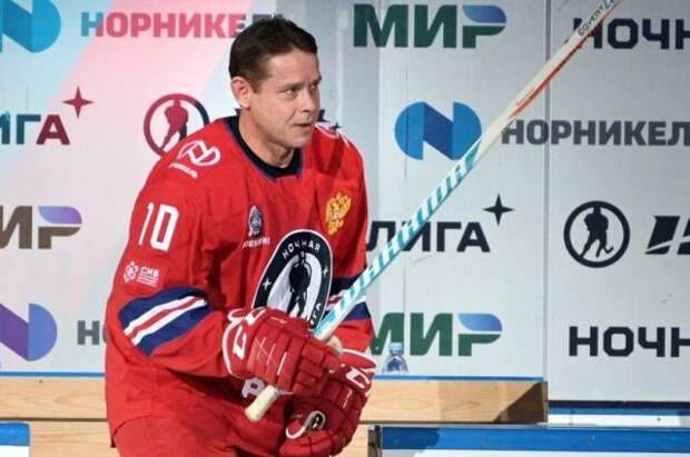Буре назвал причины победы российских хоккеистов в матче с чехами