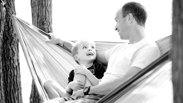 Неполные семьи смогут подать заявление на детские выплаты дистанционно