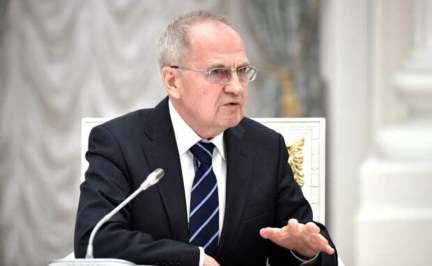 Рублевская недвижимость главы Конституционного суда Валерия Зорькина стоит 17 его годовых заработков