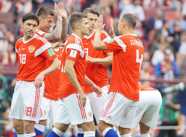 «Россия подходит к Евро в постаревшем составе» - испанский блогер о команде Черчесова