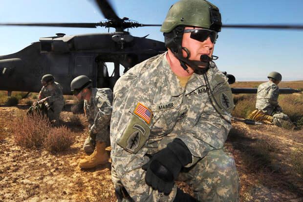 Спешно и под покровом ночи: как американские военные покидают свои базы в Афганистане