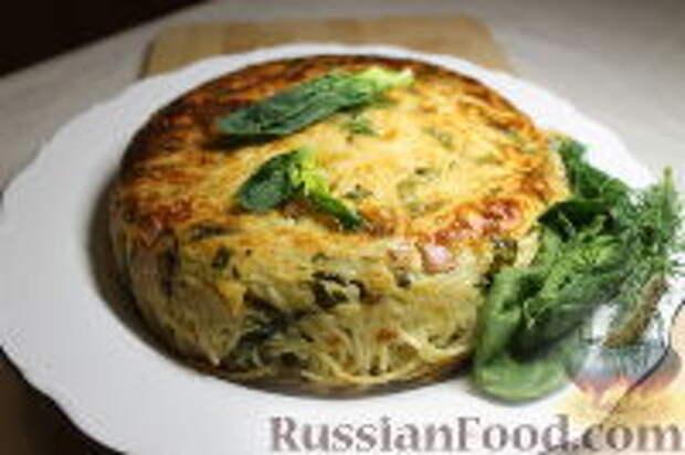 Фото приготовления рецепта: Запеканка из спагетти, со шпинатом и ветчиной - шаг №15