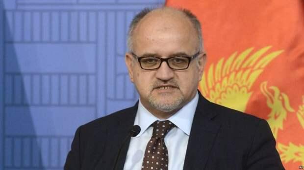 И не друг, и не враг – а так: министр Черногории идет против России