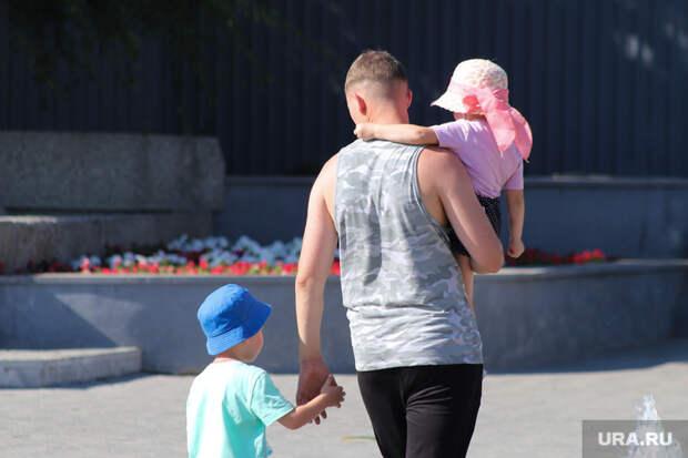 Новое объединение отцов призвало отменить алименты вРоссии