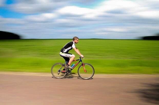 Велосипедист. Фото: pixabay.com