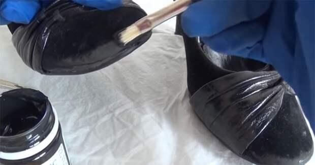 Что можно сделать со старыми, но удобными туфлями? Отличная идея