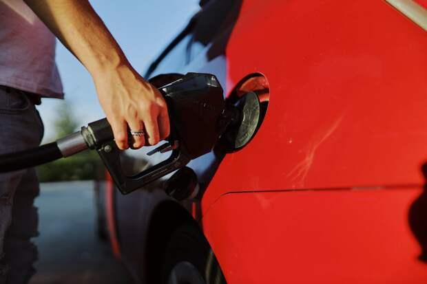 Подорожание бензина в России в этом году обгонит инфляцию