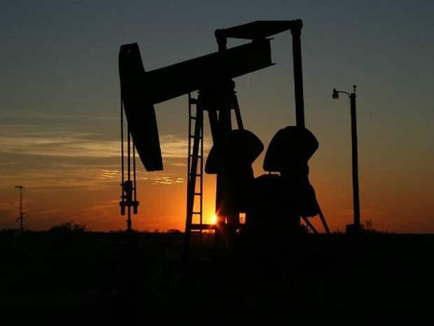 Эксперты Wood Mackenzie не исключили падения цен на нефть до $10-18