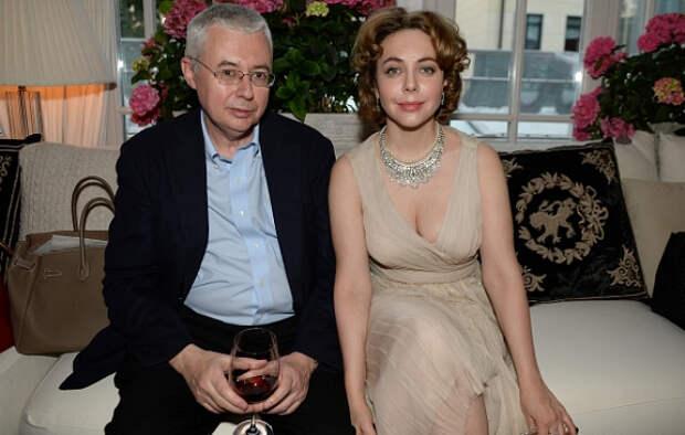 «Ужас и шок»: в Сети обсуждают загадочную смерть мужа Божены Рынски Игоря Малашенко