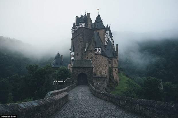 Замок Эльц в Германии.