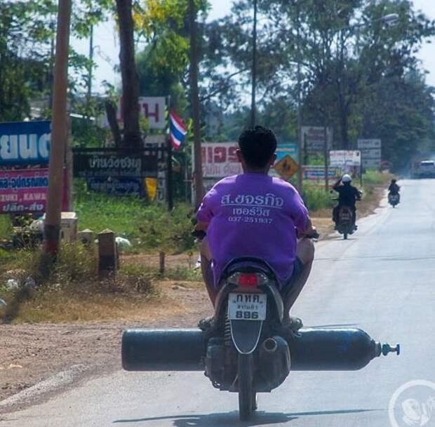 Безопасная транспортировка глупость, на производстве, почему мужчины живут меньше, прикол, случаи на стройке, специалист по тб, техника безопасности