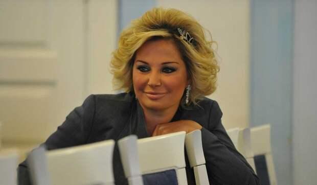 Обнесли на полмиллиона долларов: в Москве обокрали квартиру Марии Максаковой