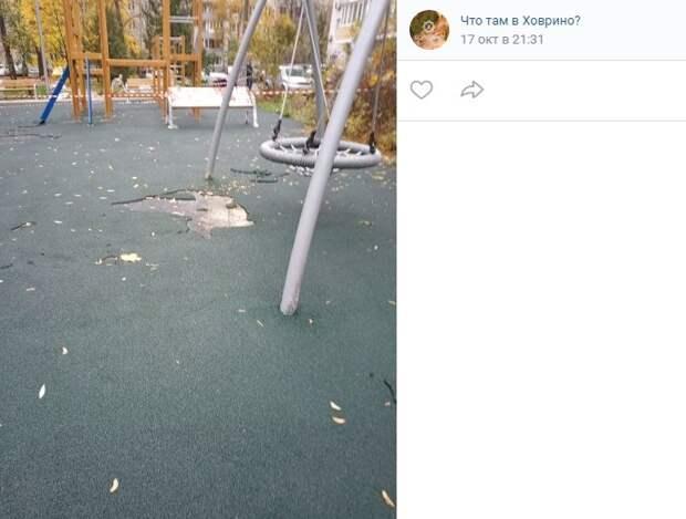 Ремонт детской площадки на Петрозаводской завершится в этом году