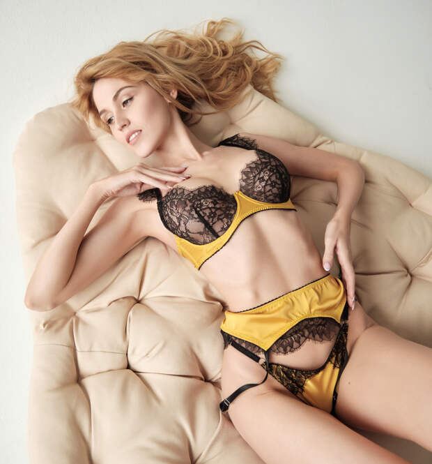 Еще одна сибирячка решила побороться за обложку MAXIM — смотрим фото горячей красотки