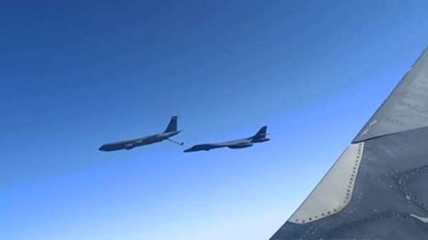 Ракетоносцы США получили от ворот поворот в небе над Черным морем