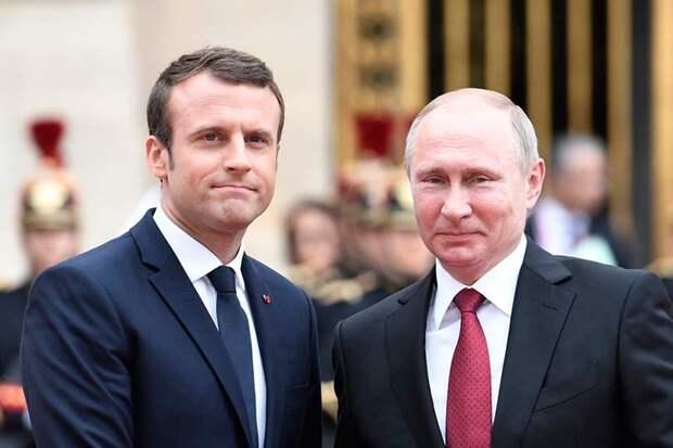 Путин и Макрон – о странностях их политической любви