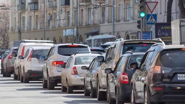 На дорогах Челябинска зафиксированы семибалльные пробки