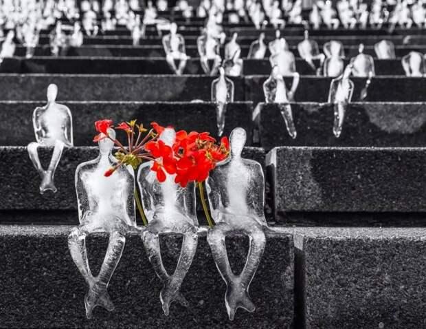 Самые необычные ижуткие памятники жертвам человеческой ненависти