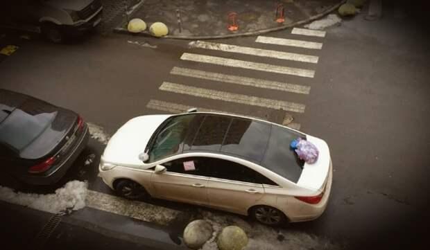 Прошелся по капоту автомобиля на пешеходнике, какой срок светит? Отвечает автоюрист