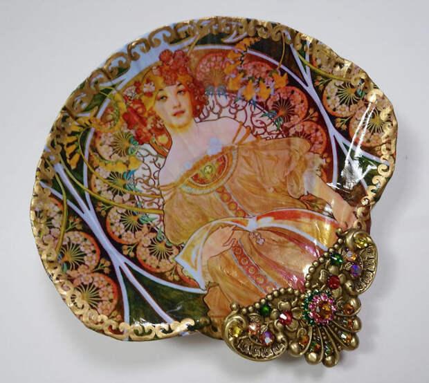 shell-art-jewelry-dishes-mary-kenyon-4-5c37e3950ca82__700.jpg