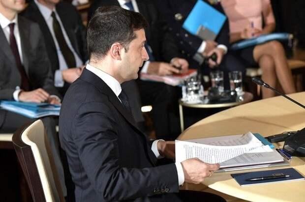 Зеленский назвал несущественным исправление его офисом релиза о Байдене