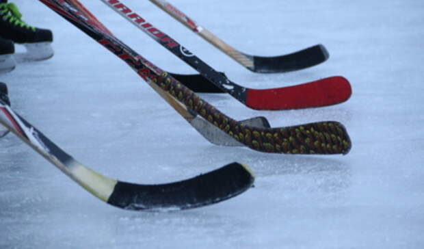 Из-за осложнений после COVID-19 скончался хоккеист свердловского «Автомобилиста»