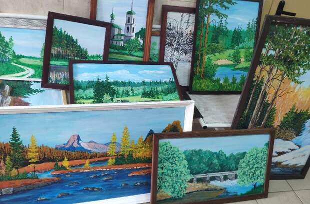 Домодедовский художник подарил больнице свои картины
