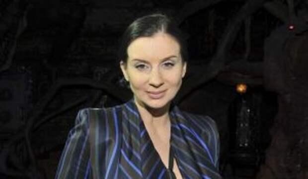 «Одно лицо»: многодетная Стриженова впервые показала третью дочь