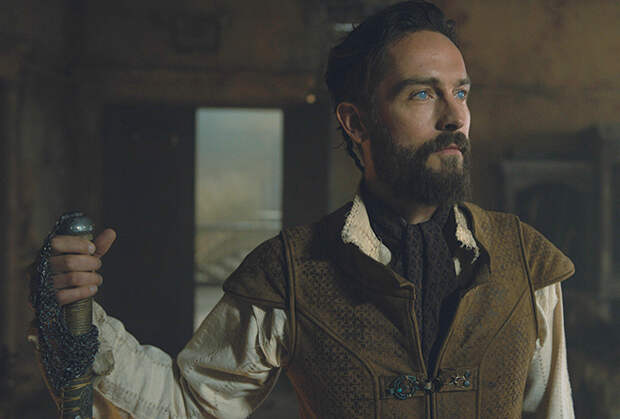 See Season 2: Tom Mison Vows to 'Screw Everything Up for Everyone' as Scheming Newcomer Lord Harlan