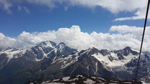 На Южном Кавказе разворачивается борьба за контроль над регионом — эксперт