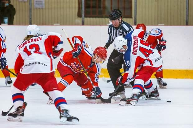 Хоккеисты «Ижстали» уступили московской «Звезде» с минимальным счетом