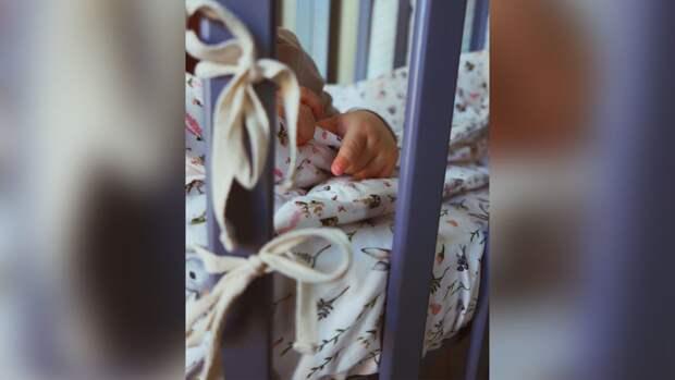 Поклонников умилило фото спящего сына Петросяна и Брухуновой