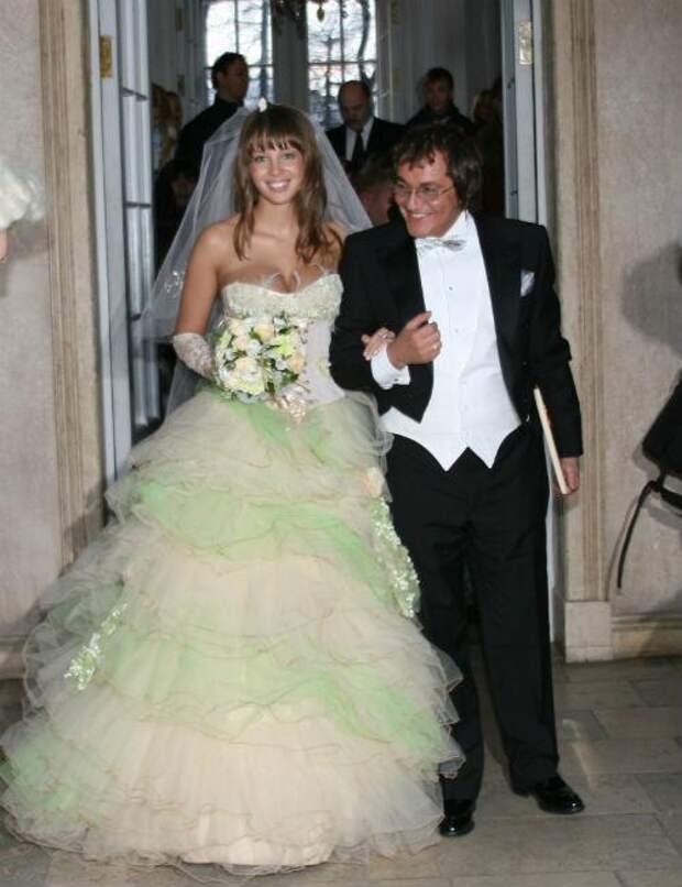 Свадебная мода звезд: с 90-х до наших дней