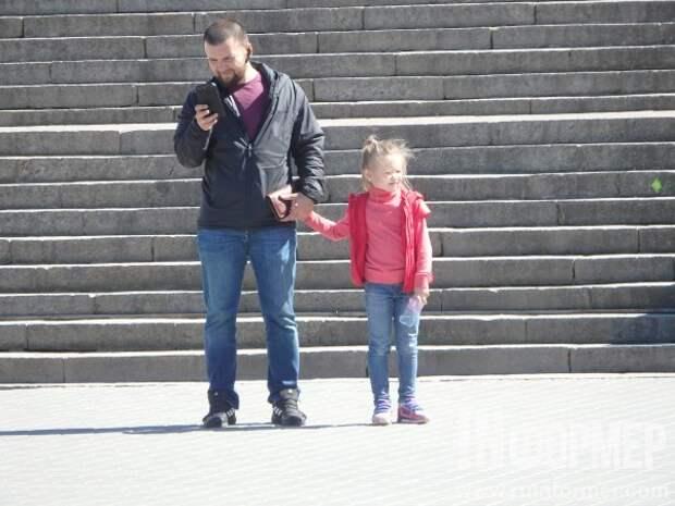 Как же это мило! Севастопольские папы с детьми