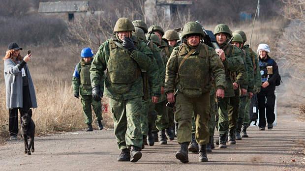 Разведение сил в Донбассе: Зеленский ходит по острию бритвы