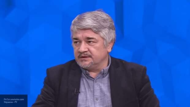Ищенко считает, что Зеленский может лишиться кресла президента Украины уже осенью