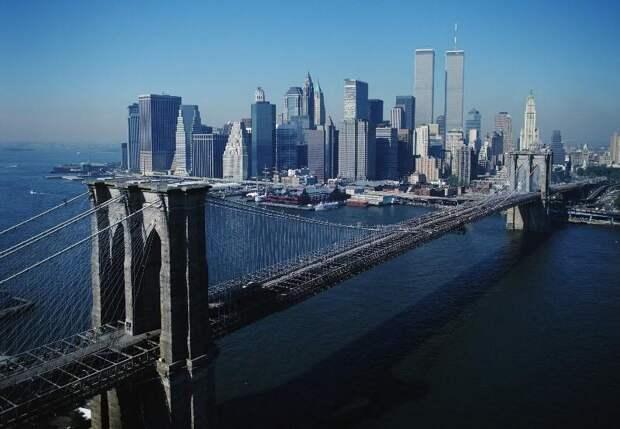 10 удивительных историй из «жизни» Бруклинского моста