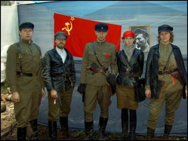 Революционеры хреновы.....