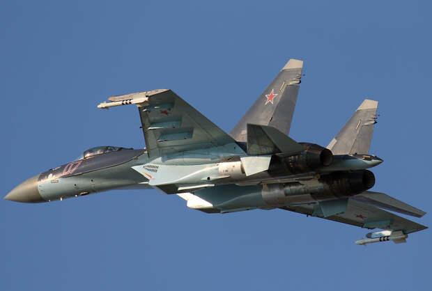 Истребители Су-35 поступили на вооружение дальневосточной группировки войск