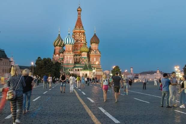 Большинство коронавирусных ограничений в Москве отменят к 1 июля