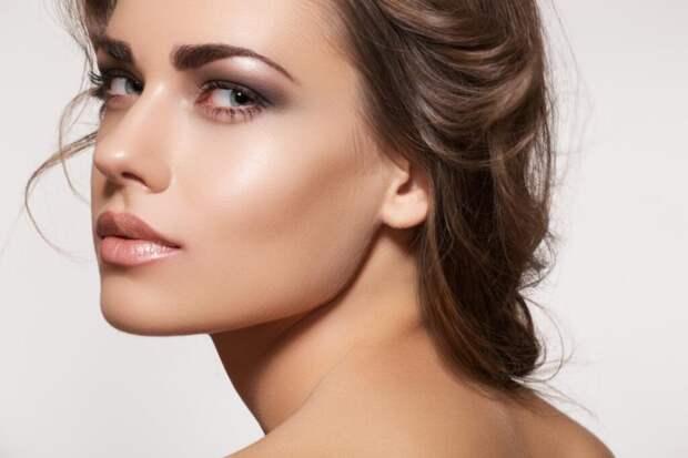 Как правильно делать макияж подушечками пальцев? Полезные советы