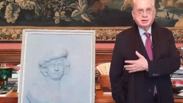 Эрмитаж передал тактильную копию автопортрета Рембрандта библиотеке для слепых