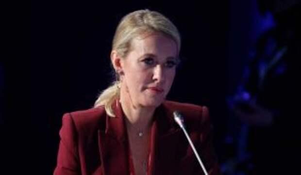 «Анахронизм из 90-х»: Канделаки влепила оплеуху Собчак