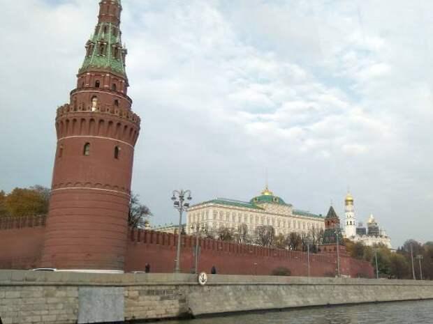 Московский Кремль будет недоступен для туристов в День Победы