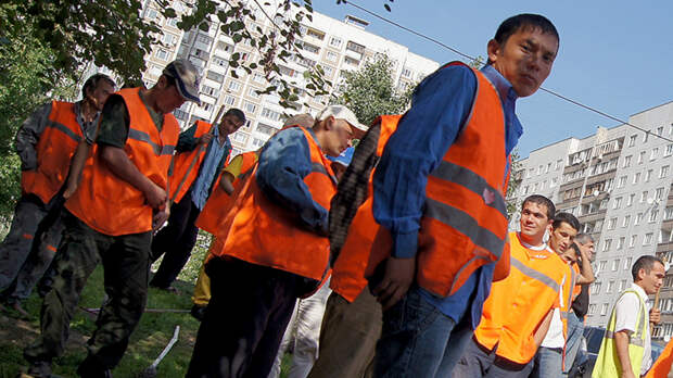 Мигрантский притон в Бужаниново закроют. Но проблему это не решит