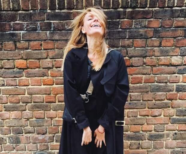 Любовь Толкалина сообщила, что улетела в Лондон к мужу-британцу