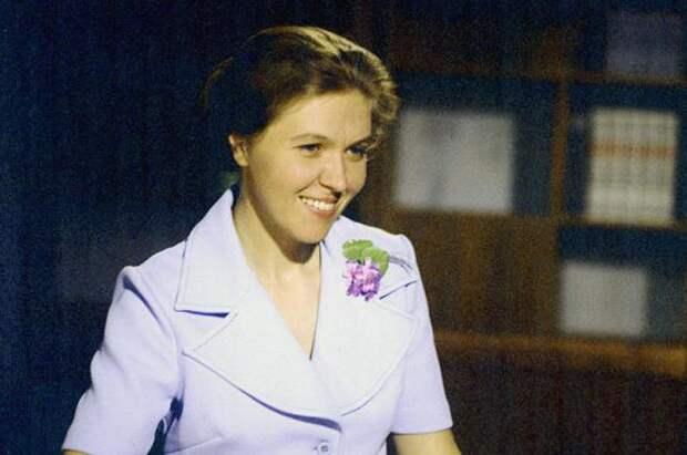 Самая позитивная советская телеведущая Юлия Белянчикова, изображение №3