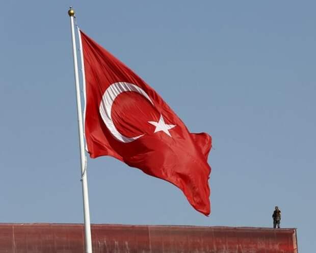 Турецкий военнокомандующий попросил убежище в США